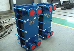 板式散热器厂家:在安装板式散热器时有哪些注意事项